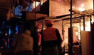 Rímac: 15 familias damnificadas por incendio en zona de Cantagallo
