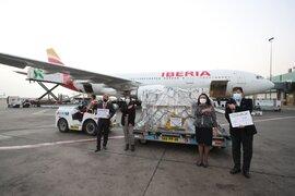 Covid-19: Nuevo lote de 242 mil vacunas llegó al Perú a través de Covax Facility