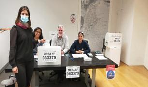 Segunda vuelta: más de medio millón de votos del extranjero y observados por contabilizar