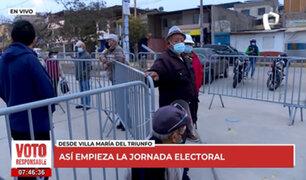 Segunda vuelta: adultos mayores llegan muy temprano para votar en VMT