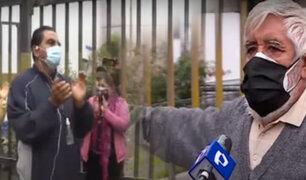 Vecinos hacen plantón para evitar retiro de rejas en calles de Comas