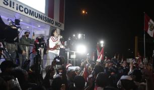 Keiko Fujimori asistió a marcha convocada por simpatizantes de Fuerza Popular