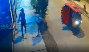 Ladrones armados asaltan por tercera vez una cevichería en  Villa El Salvador