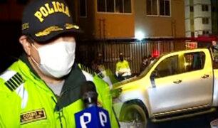 Policía recupera camioneta robada tras persecución en Comas