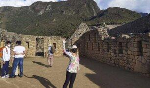 Itatí Cantoral: actriz mexicana  junto a sus hijos recorrió  la ciudadela inca de Machu Picchu