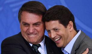 Brasil: renuncia polémico ministro de Bolsonaro investigado por tráfico de madera