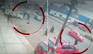 Ladrones a bordo de una moto arrebataron el celular a un policía en Chorrillos