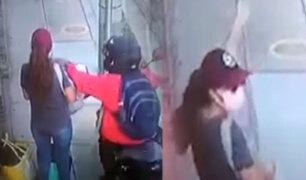 Cámara de seguridad registra robo al paso en Pueblo Libre
