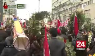 Cercado de Lima: pasean restos de simpatizante de Perú Libre