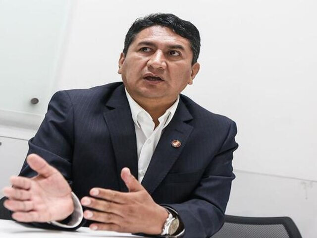 Evalúan apelación de sentencia contra Vladimir Cerrón en Huancavelica