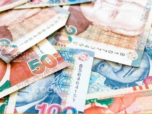 Juliaca: sujeto con gran cantidad de billetes falsificados fue capturado cerca a terminal terrestre