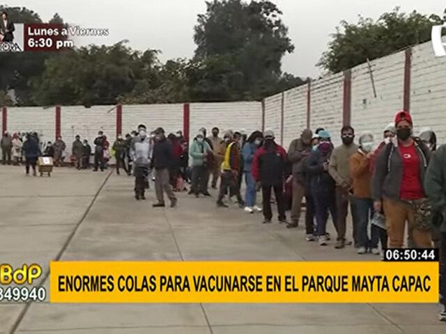 SMP: largas colas de personas esperan vacuna en exteriores de parque Mayta Capac