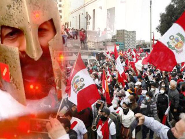 El Perú en las calles por la democracia , la otra cara