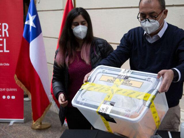 Chile vota hoy para elegir por primera vez a sus gobernadores regionales