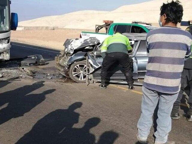 Tragedia en Arequipa: un muerto y un herido dejó violento accidente vehicular