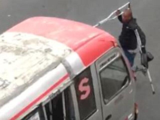 SMP: detienen a discapacitado que atacaba con muletas a conductores y negociantes que no lo apoyaban