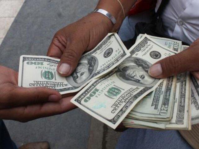 Dólar operó al alza por incertidumbre previa a proclamación de Castillo