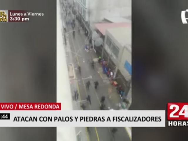 Ambulantes atacan con palos y piedras a fiscalizadores en Mesa Redonda