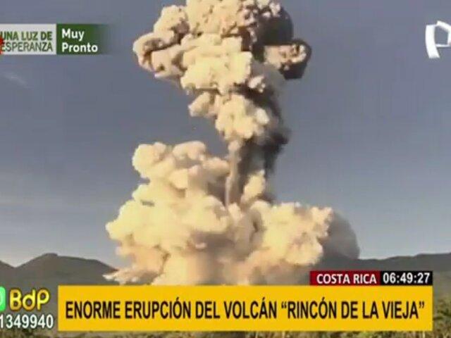 """Costa Rica: enorme erupción del volcán """"Rincón de la Vieja"""""""