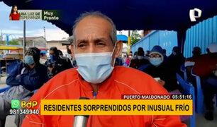 Iquitos: adultos mayores esperan vacuna en medio de friaje que llegó a 14 grados