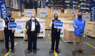 Covid-19: Ministro Ugarte recibió cuatro plantas de oxígeno medicinal procedentes de Francia