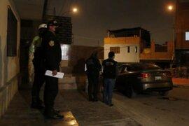 Chorrillos: sujeto fue asesinado de tres balazos dentro de un vehículo