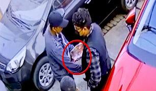 Ate: fingen ser vendedores de caramelos para asaltar a un vecino