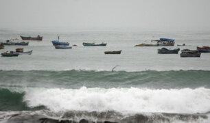 Indeci recomienda suspender actividades portuarias en todo el litoral ante oleajes