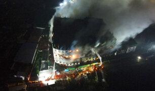 Bangladesh: incendio en fábrica de alimentos deja al menos 52 muertos y 25 heridos