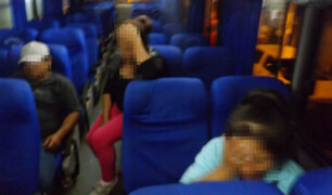 Puno: ladrones fuertemente armados asaltan ómnibus repleto de turistas
