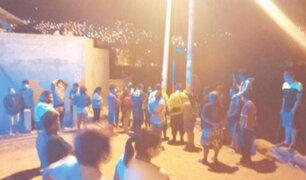 Huánuco: iracundos vecinos desnudan y atan a poste a presunto ladrón de motocicletas