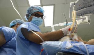 Hospital Rebagliati: médicos de EsSalud realizan complejo lavado pulmonar