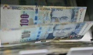 Gratificación 2021: ¿qué hacer con ese dinero extra y en qué moneda mantenerlo?