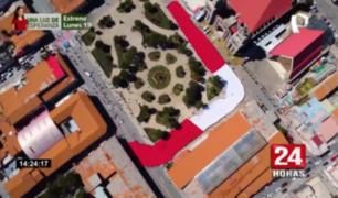 Homenaje al Perú: bandera gigante que llegó al Huascarán fue paseada por calles de Huaraz