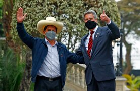Pedro Castillo se reunió con Francisco Sagasti en Palacio de Gobierno