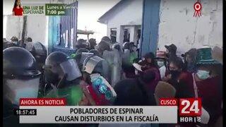 Cusco: ciudadanos irrumpieron en la sede de la Fiscalía ante indiferencia de las autoridades