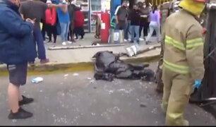 Choque de combi contra un paradero dejó dos muertos y cuatro heridos en el Callao