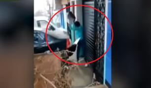 SJL: mujer destrozó auto de su esposo por supuesta infidelidad