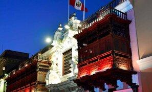 Bicentenario del Perú: Palacio de Torre Tagle se iluminó de rojo y blanco