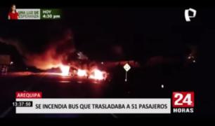 Arequipa: bus interprovincial con 51 pasajeros se incendió en plena carretera