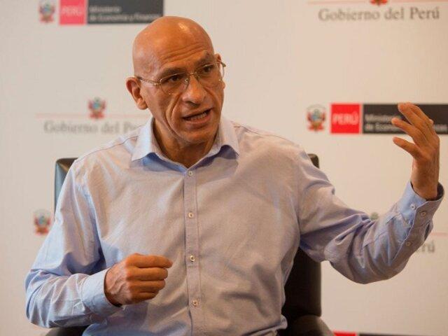 Waldo Mendoza: No se puede seguir impulsando la economía peruana solo con la minería y agroindustria