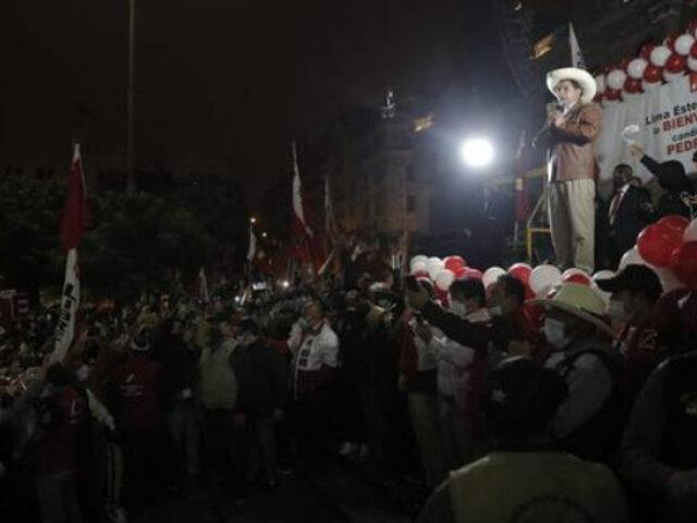 Centro de Lima: gremios marchan para exigir que proclamen a Pedro Castillo como presidente
