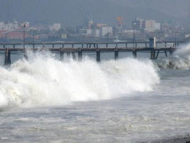 Cierran 74 puertos de todo el litoral ante ocurrencia de oleajes