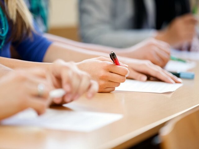 ¡Atención! Otorgarán 3,000 becas para jóvenes sin empleo formal y que no estudian