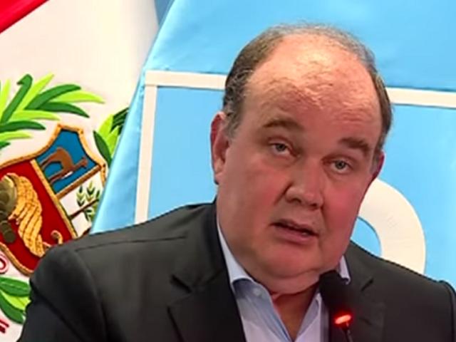 López Aliaga anuncia proyecto de ley que impulsará Renovación Popular en el Congreso