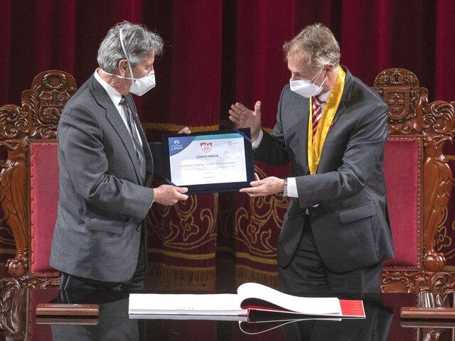 Presidente Sagasti y alcalde Muñoz firmaron el Libro Conmemorativo de la Independencia del Perú