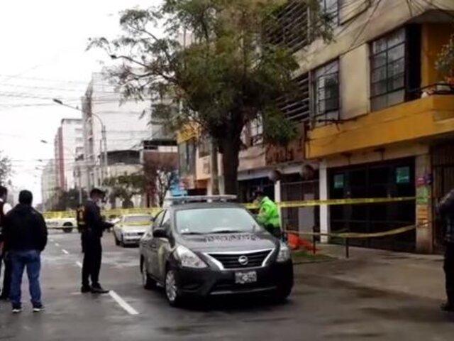 Breña: químico farmacéutico es asesinado a balazos cerca de su domicilio