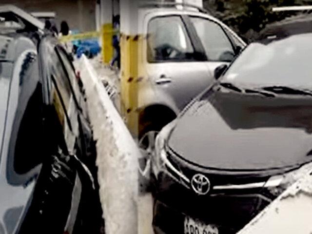 ¡Increíble! auto guardado en cochera privada es aplastado por pared