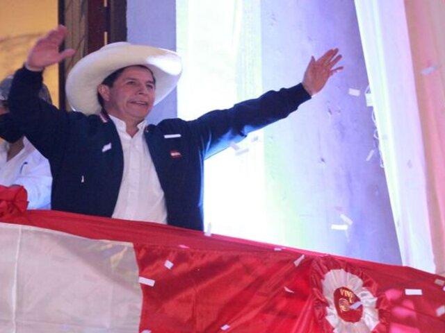 Pedro Castillo asumirá hoy la presidencia de la República en el Bicentenario