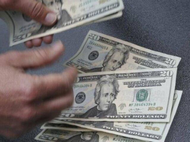 Dólar abrió con ligera alza este jueves